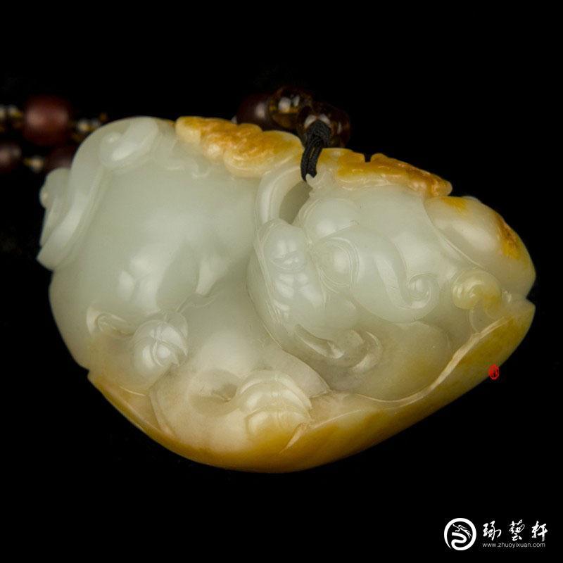 【琢艺轩】新疆和田玉黄沁白玉籽玉把件 貔貅 203克