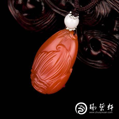 四川凉山南红玛瑙樱桃红挂件  节节高 6克