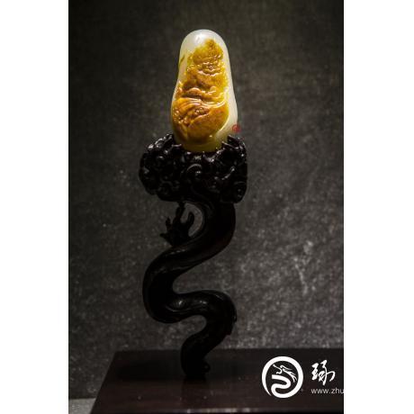穆宇靜 新疆和田玉紅沁一級白玉籽玉把件 火神 166克