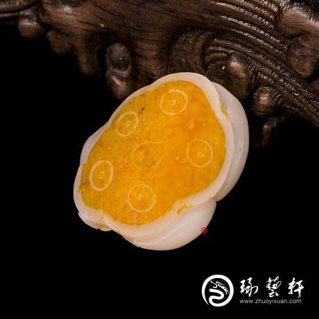 新疆和田玉红皮羊脂白玉籽玉挂件 莲蓬 10克
