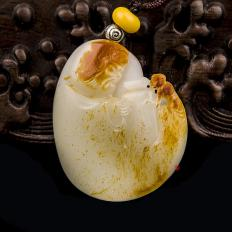 【琢艺轩】穆宇静 新疆和田玉红皮羊脂白籽玉挂件 钟馗降妖 27克