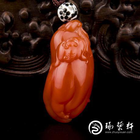 四川凉山南红玛瑙柿子红挂件 福寿 20克