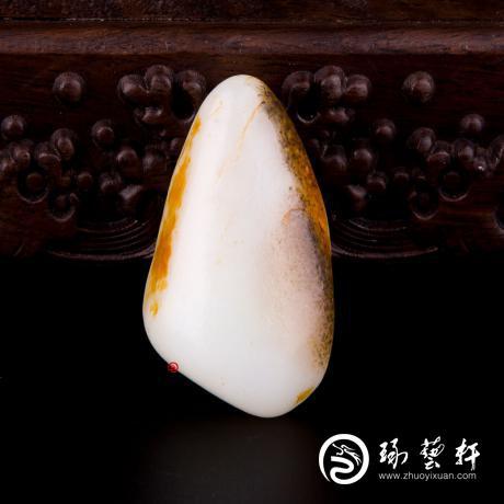 新疆和田籽玉雙色皮一級白玉籽玉 原石 63.7克