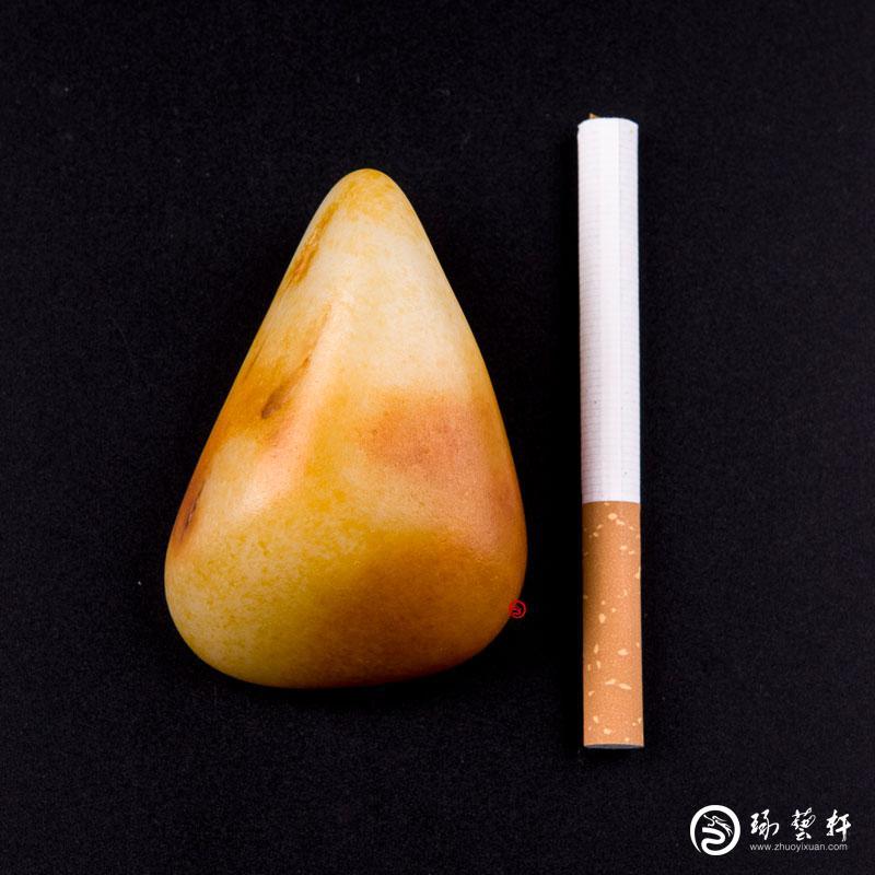 【琢藝軒】新疆和田玉黃沁白玉籽玉 原石 136.5克
