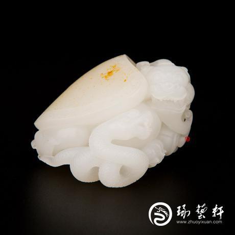 新疆和田黄皮羊脂白玉籽玉把件 玄武 95.5克