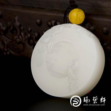 新疆和田玉白皮羊脂白玉籽玉把件(手镯心) 春夜喜雨 99.8克