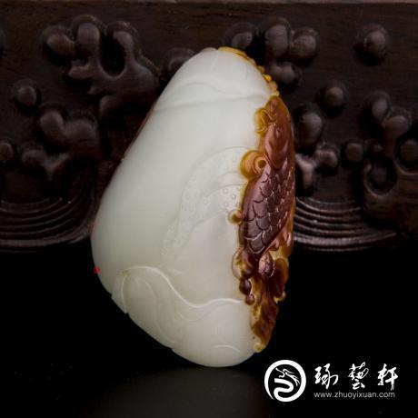 新疆和田玉枣红皮白玉籽玉挂件 连年有余 42克