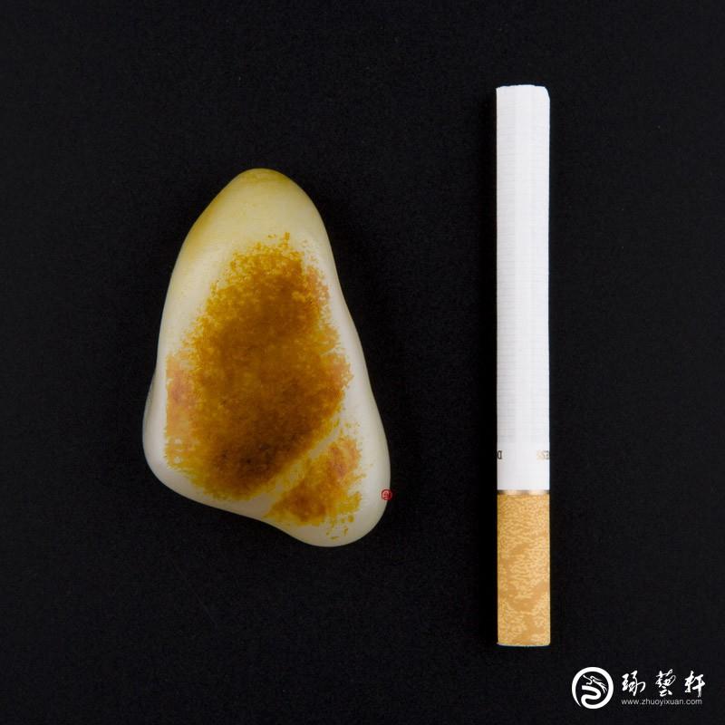 【琢艺轩】新疆和田玉枣红皮白玉籽玉 原石 65.6克