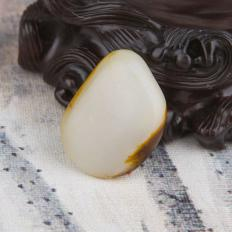 【琢艺轩】新疆和田玉枣红皮一级白玉籽玉 原石 13.8克
