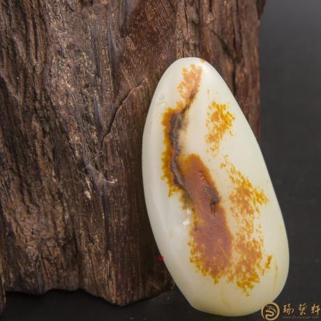 新疆和田玉红皮白玉籽玉 原料 56.5克