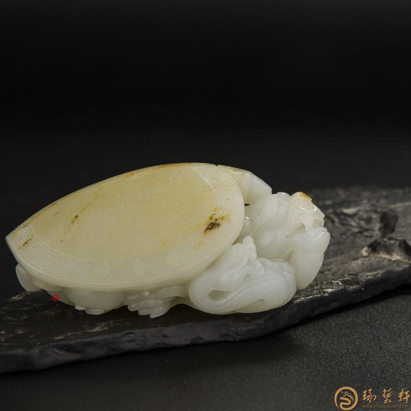 【琢艺轩】新疆和田玉黄皮白玉籽玉 把件 玄武 131克