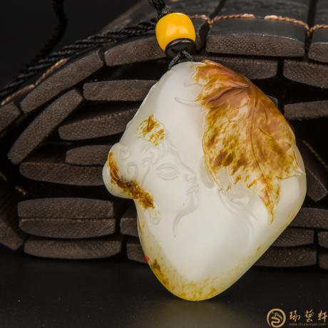穆宇静 新疆和田玉红皮羊脂白籽玉挂件 枫丹寄情 34.5克