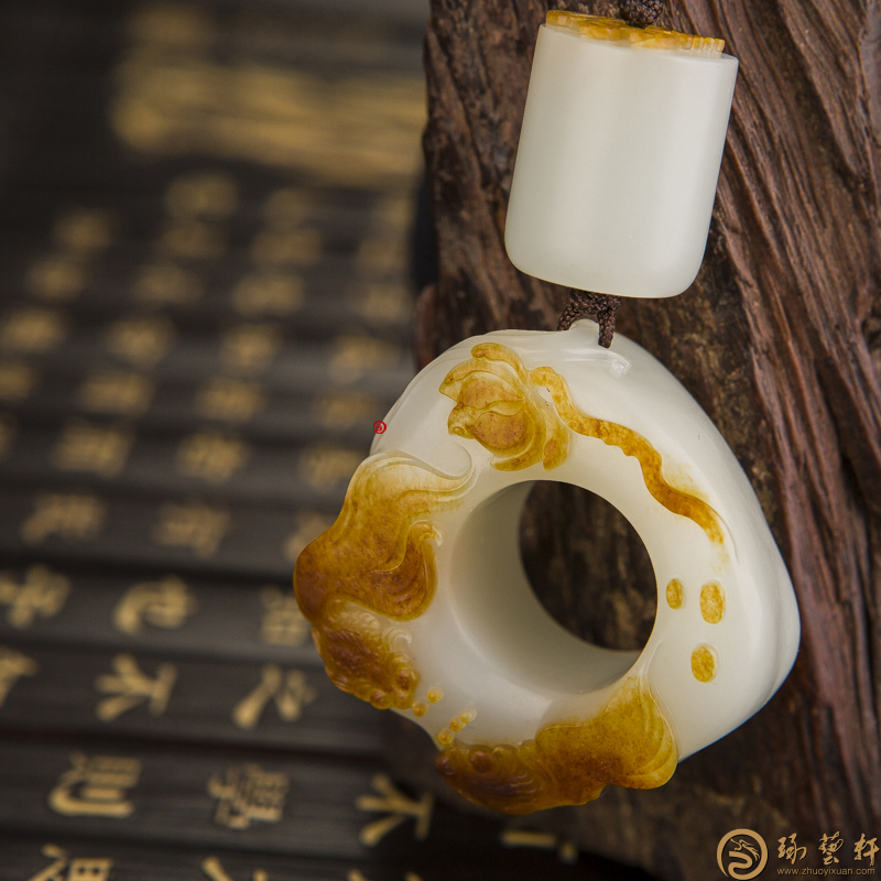 【琢艺轩】新疆和田枣红皮一级白籽玉扳指 金玉满堂 70.6克