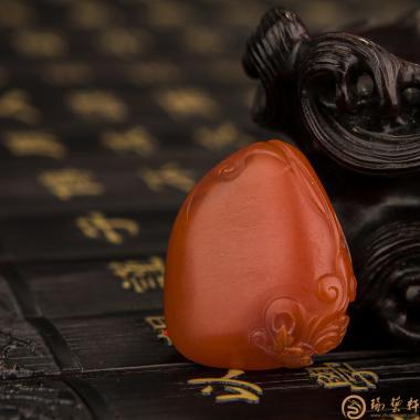 【琢藝軒】四川涼山南紅瑪瑙掛件 母愛 11.4克