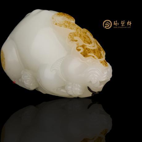新疆和田紅皮羊脂白籽玉把件 鴻運當頭 87.8克