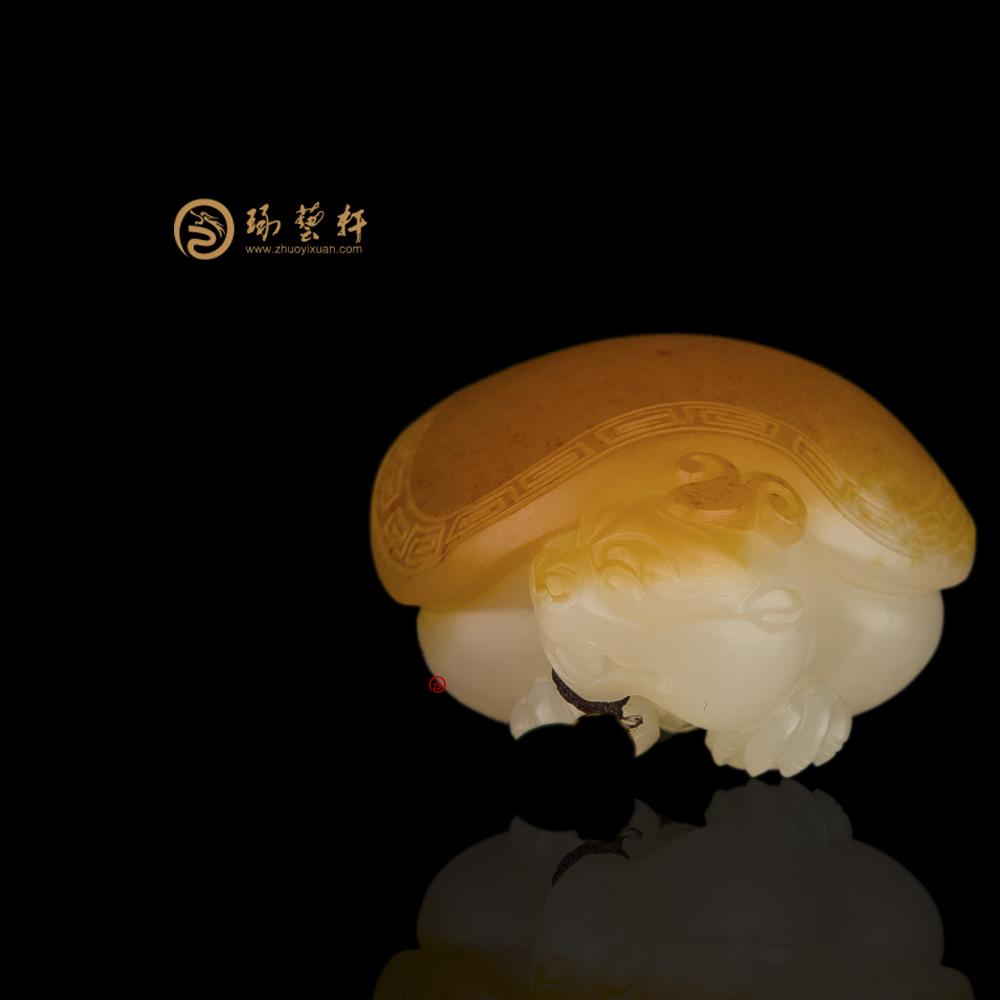 【琢艺轩】新疆和田红沁白玉籽玉挂件 龙龟 36.6克