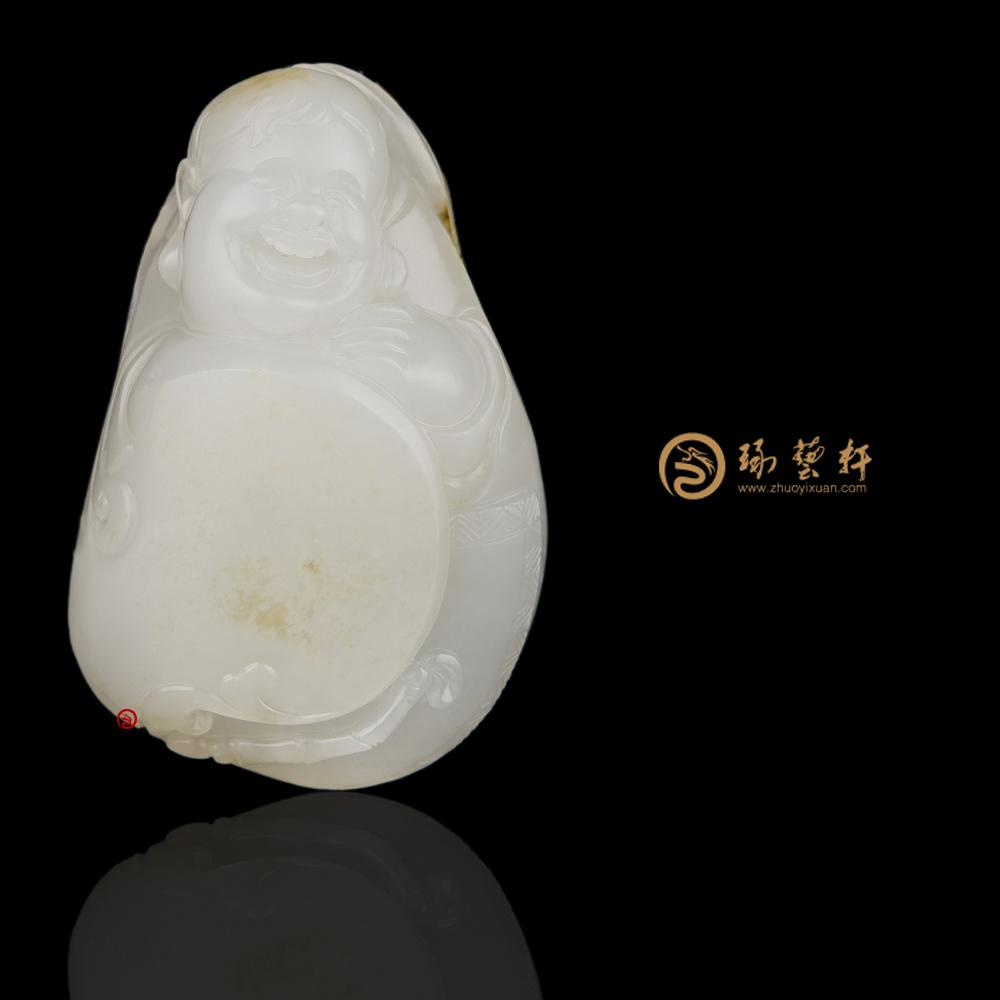 【琢艺轩】穆宇静 新疆和田洒金皮一级白籽玉把件 童子击鼓 61.3克