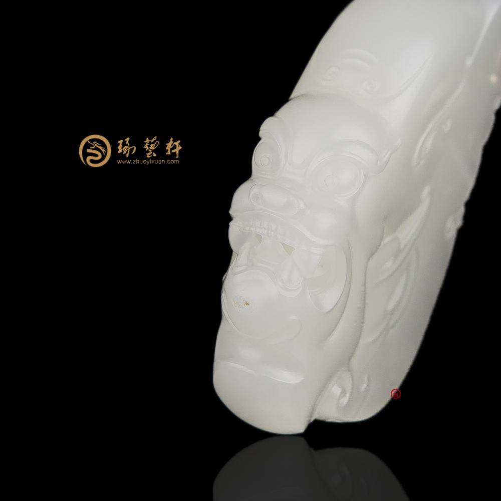 【琢藝軒】新疆和田一級白籽玉掛件 威 52.3克